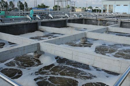 (Trạm xử lý nước cho hai khu công nghiệp Phúc Khánh và Nguyễn Đức Cảnh đang hoạt động hết công suất)