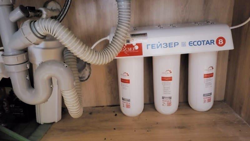 Lắp đặt Geyser Ecotar 8 dưới bồn rửa